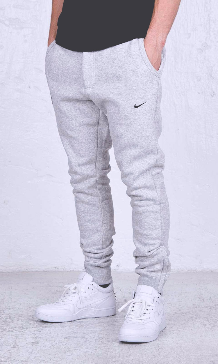 Nike u00d7 FCRB Jogger Pants in heather grey | SOLETOPIA