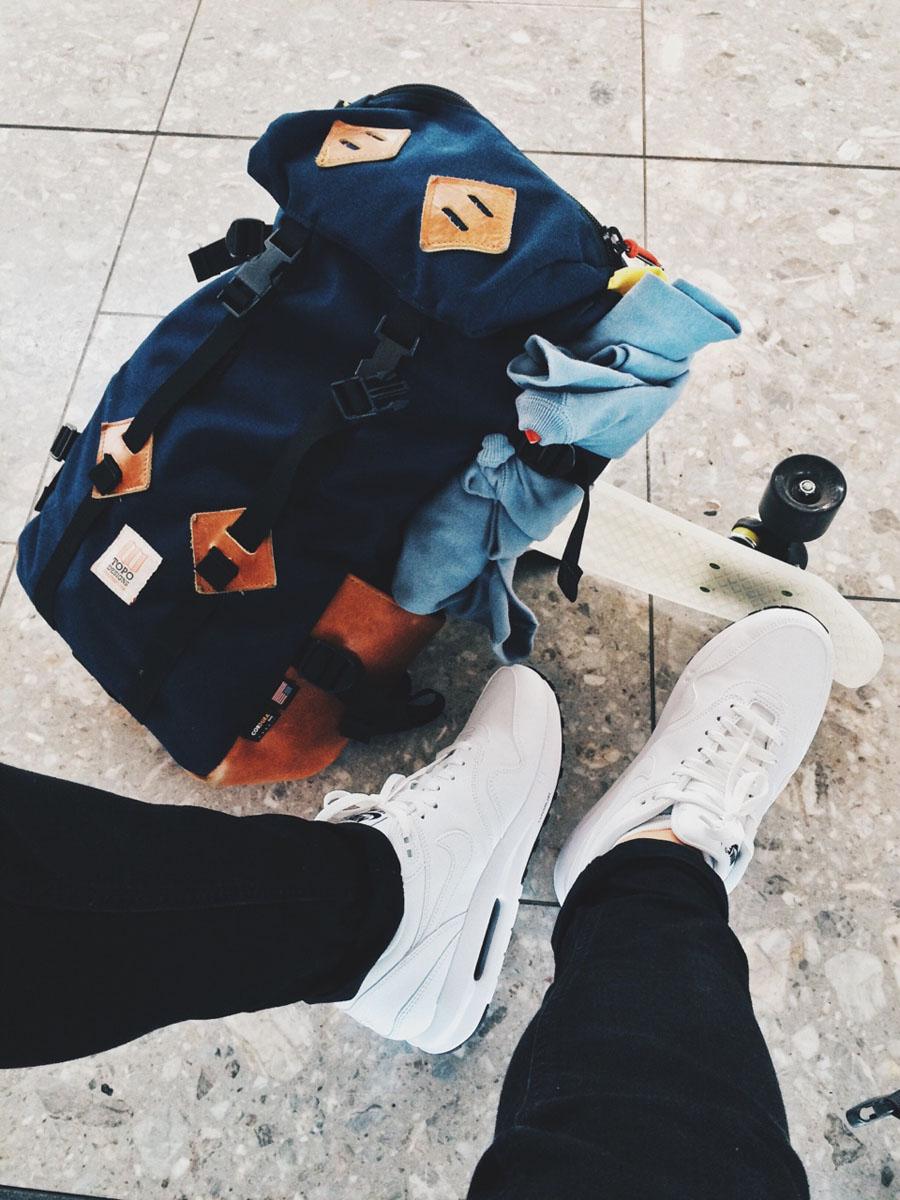 Nike Air Max 90 Travels