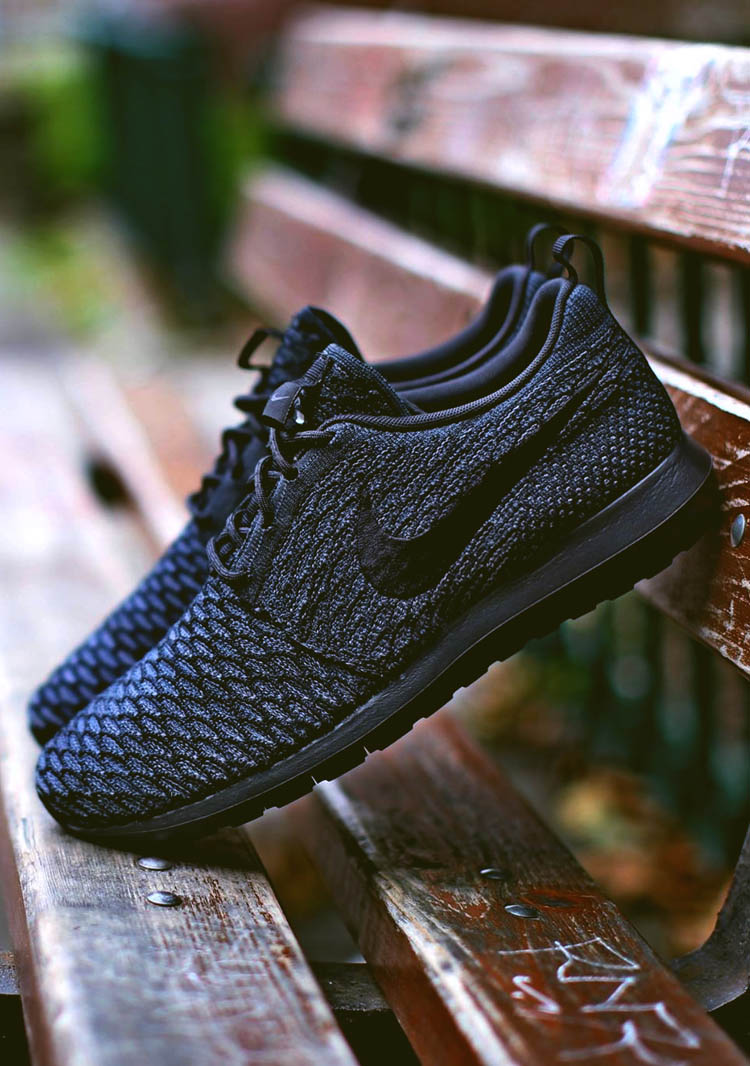 Nike Flyknit Roshe Run NM Black on Black