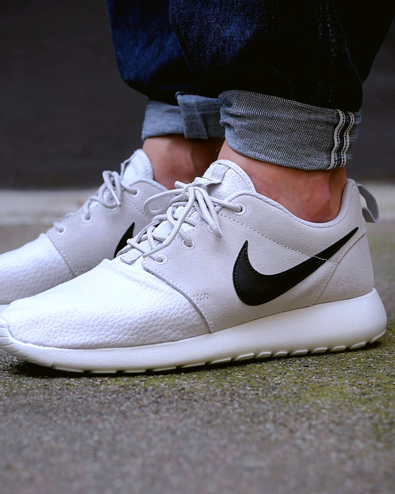 Nike Roshe Run Suede Light Grey