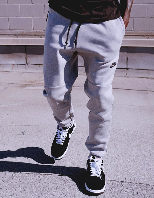 official photos eae77 f0b03 Nike Tech Pants by UNDEFEATED