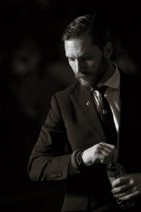 Tom Hardy Style Inspiration: Beard × Suit