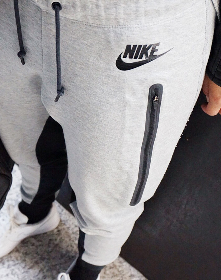 the latest 1671c 2a35e Womens Nike Tech Pants