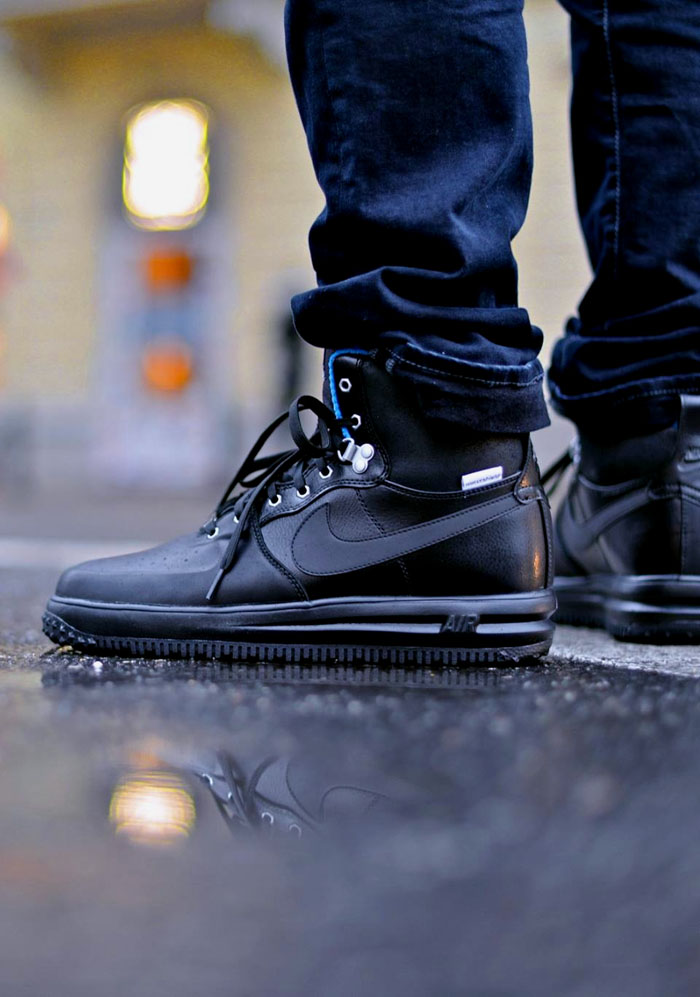 a02ed1b4b67de1 Nike Air Force 1 Sneakerboot