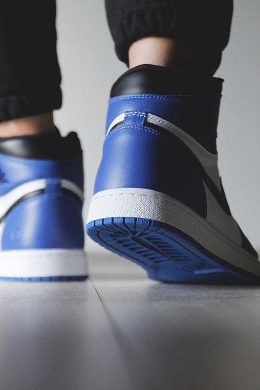 fragment design × Air Jordan 1