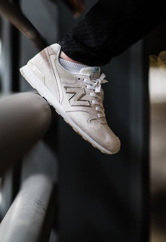 NEW BALANCE 996 Sneaker Trends