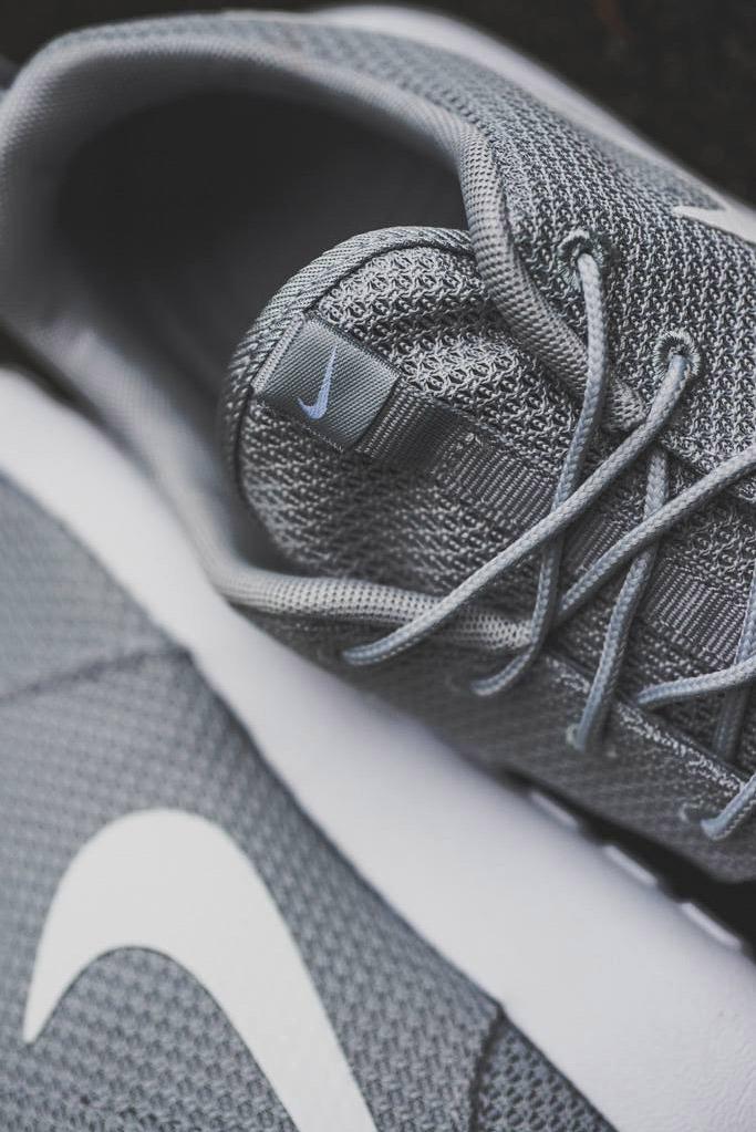 NIKE Roshe Run Details Beautiful Sneakers