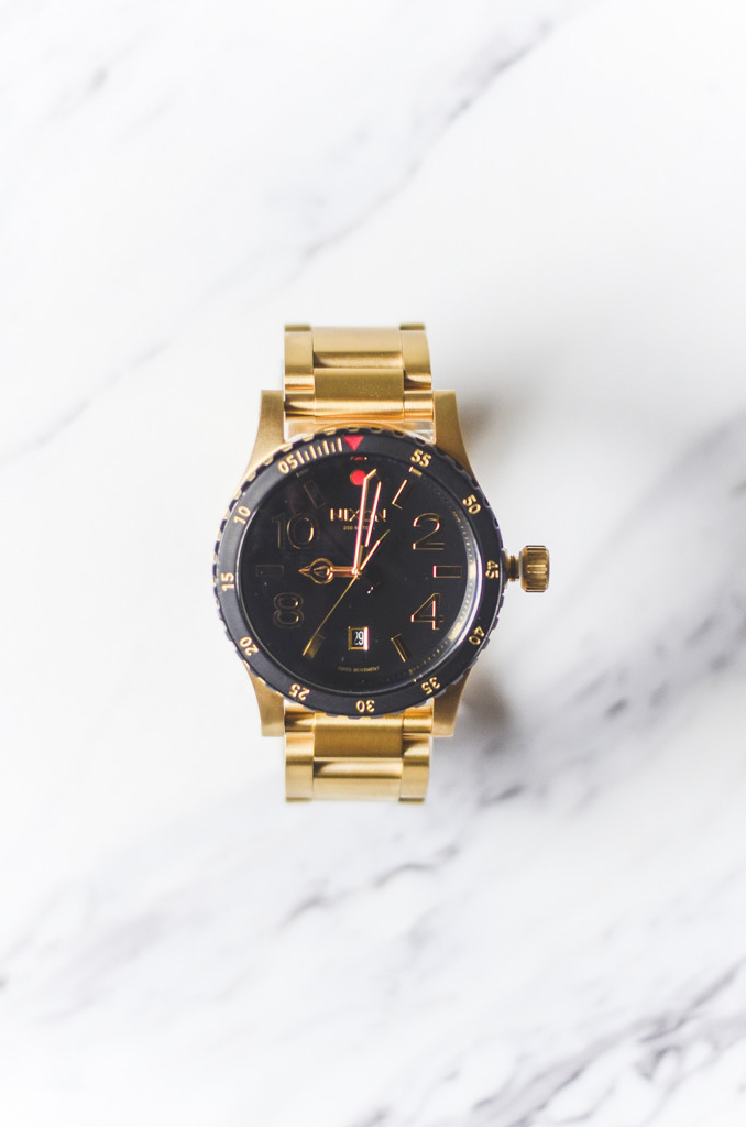 NIXON Diplomat SS Gold Watch