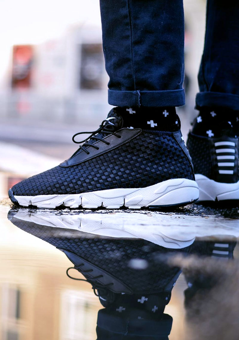 NIKE Air Footscape Desert Chukka × Plus Print Socks