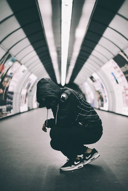 NIKE Air Max Essentials in Subway #menswear #streetstyle #sneakers
