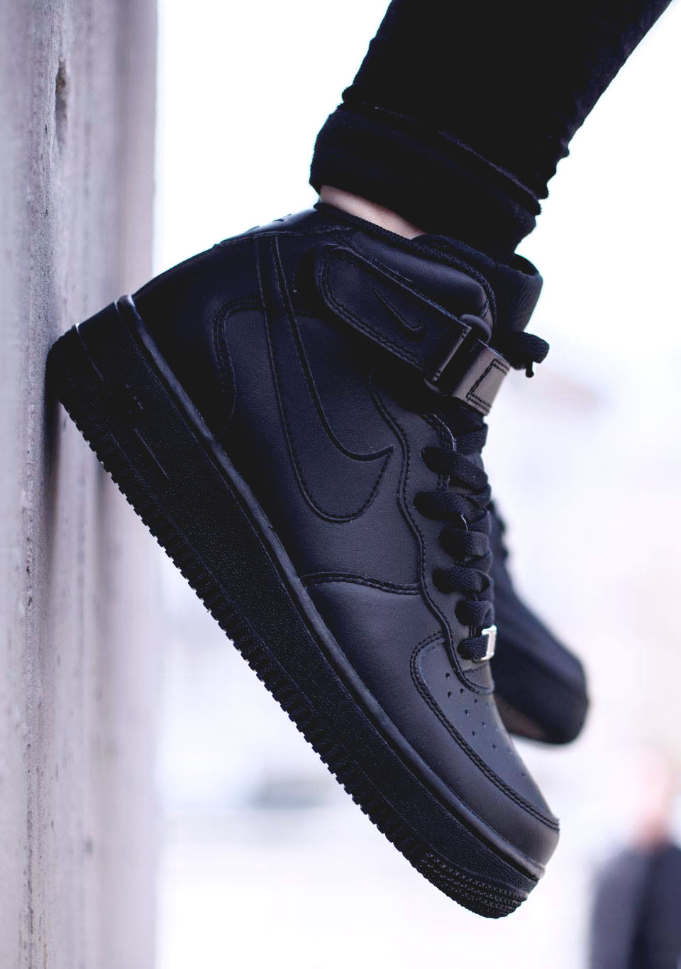 NIKE Air Force 1 Mid GS All Black | SOLETOPIA
