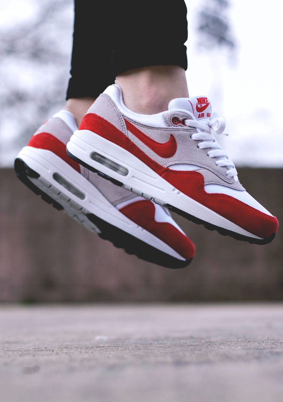 Floating on #airmax1 #womenstyle #sneakers