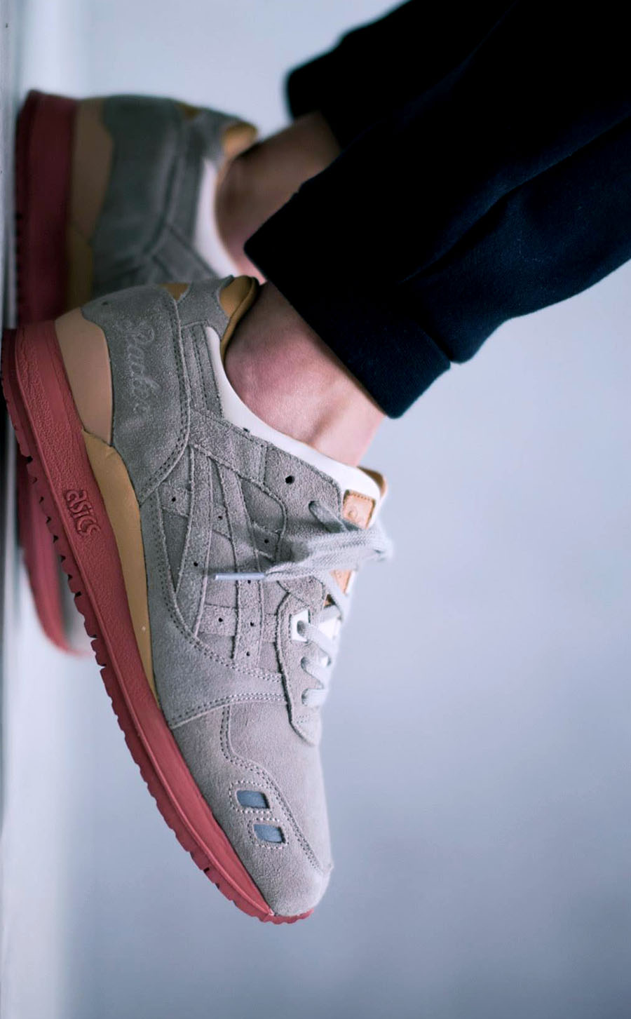 PACKER SHOES × ASICS Gel Lyte III Dirty Buck