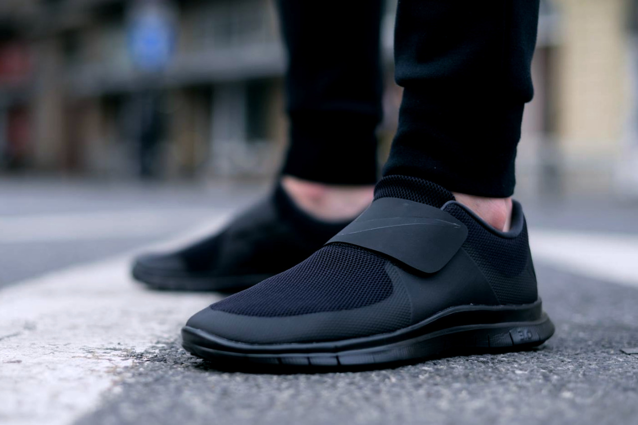 Smooth. #nikefree #socfly #sneakers #fashion