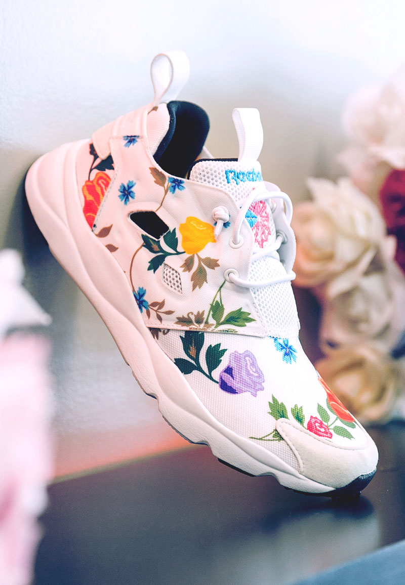 Roses #reebok #furylite #sneakerfashion