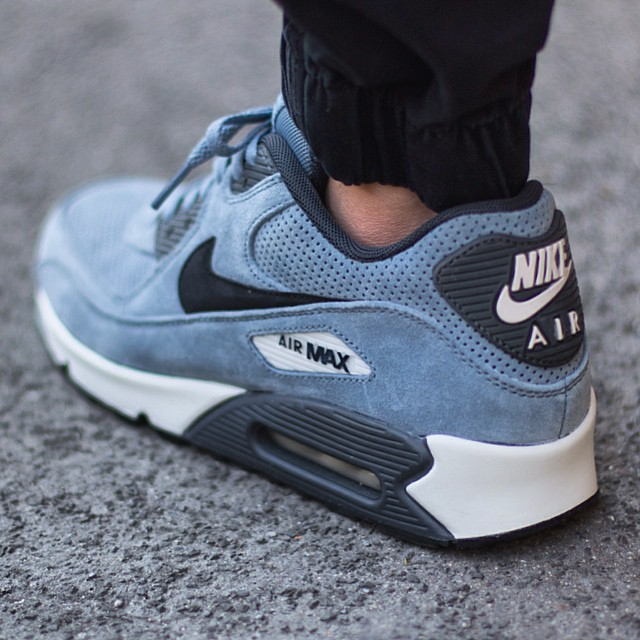 Nike Air Max 90 Premium Leather Sneakers | ASOS