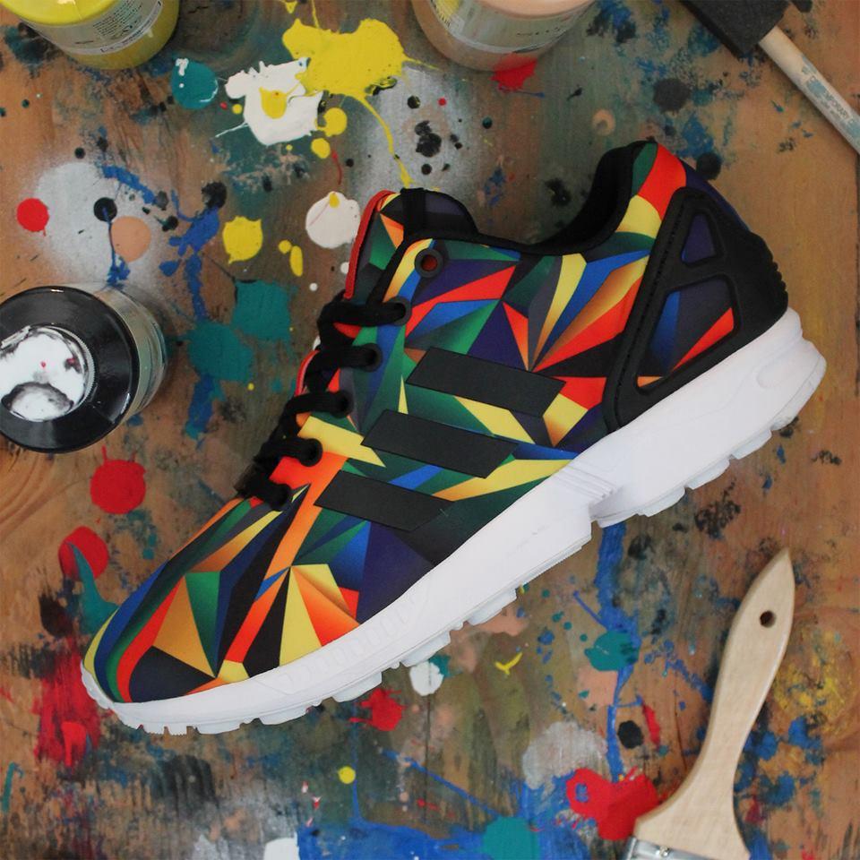 ZX Flux Ultracolor #sneakers #sneakerfashion #adidas #zxflux