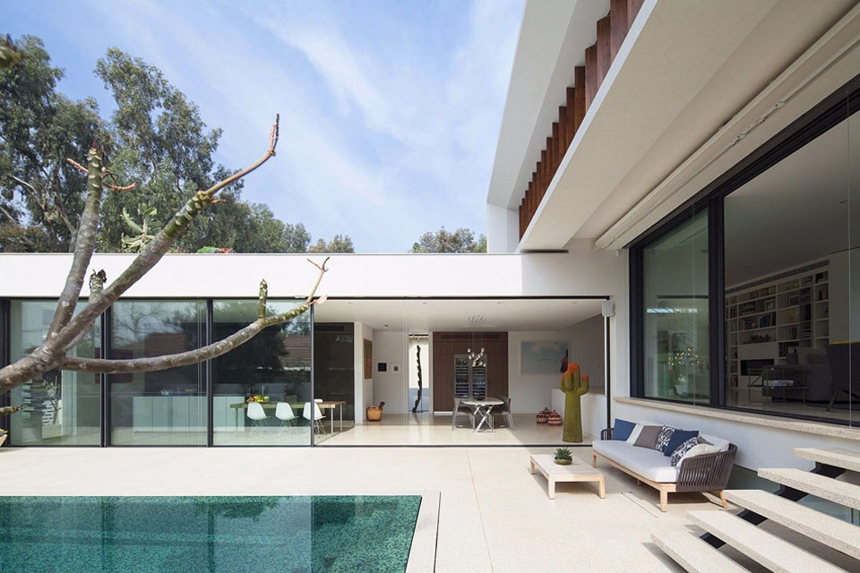 L-Shaped-Home-you-cant-afford-02