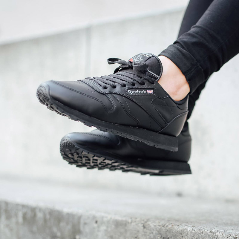 c5d994d1ba1db REEBOK Classic Leather Black