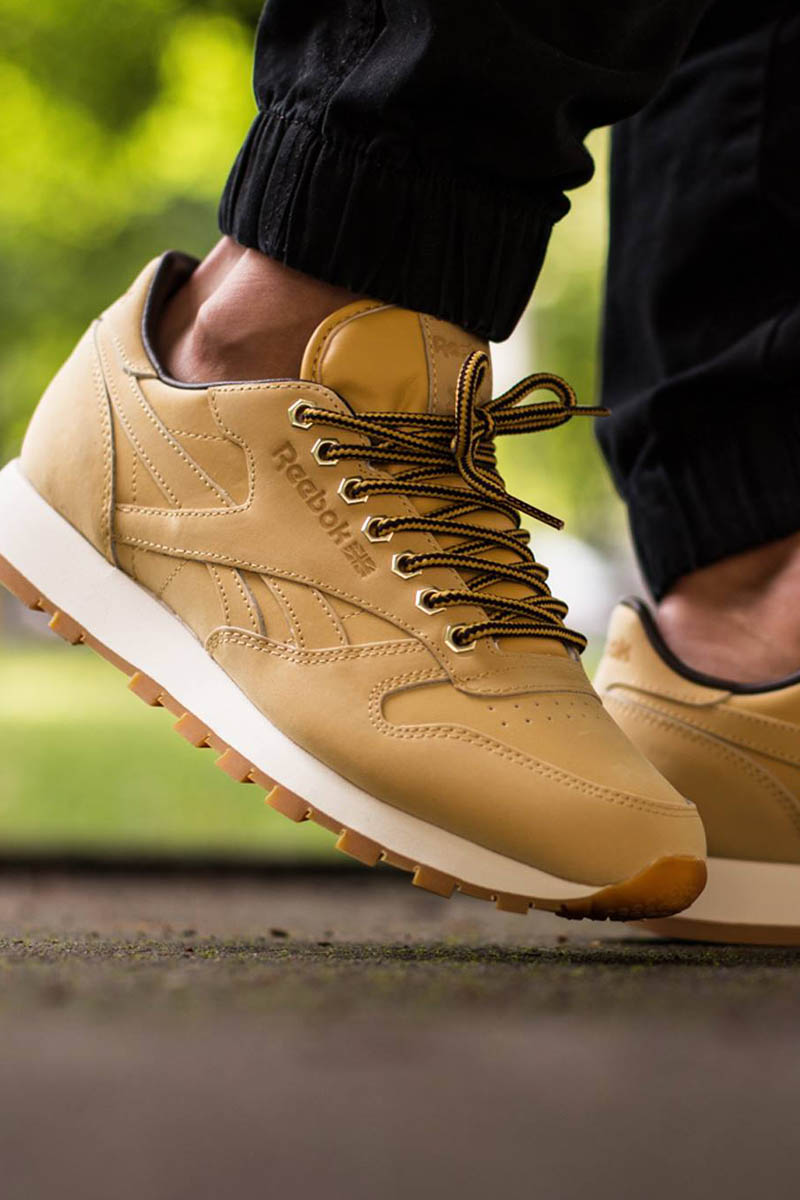 Wheat. #reebok #sneakers #classic