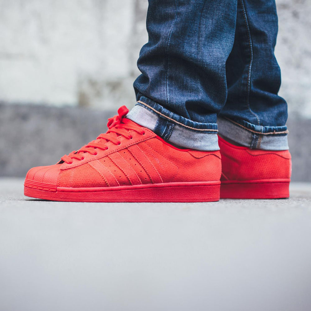red superstar adidas