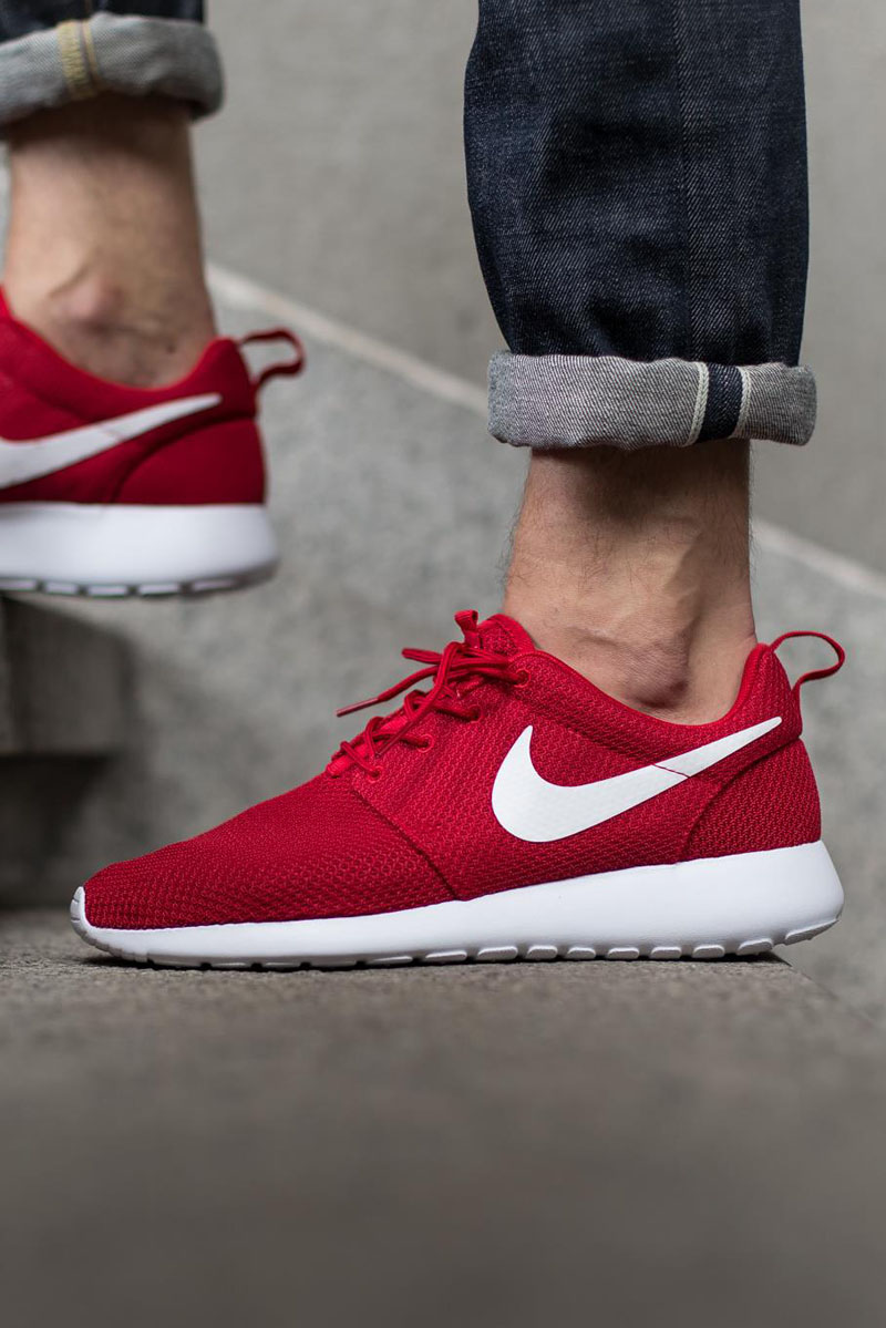 Gym Red Roshes #nike #sneakers