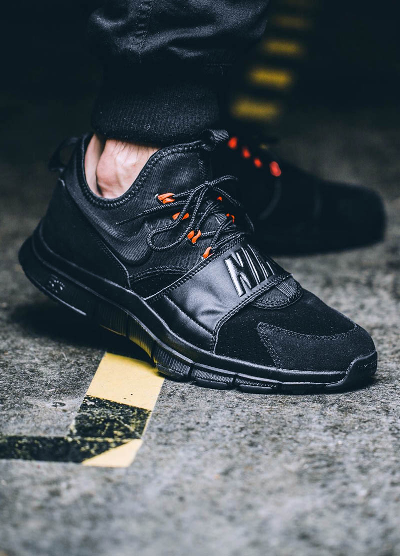 Black & orange #nike #sneakerfashion #smooth