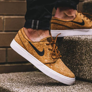 thumbs-nike-cork