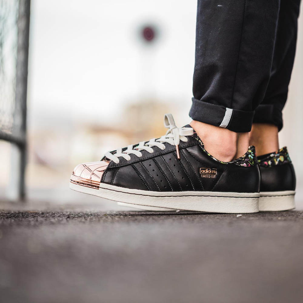 Cheap Adidas SUPERSTAR ADICOLOR SHKMIN Bodega