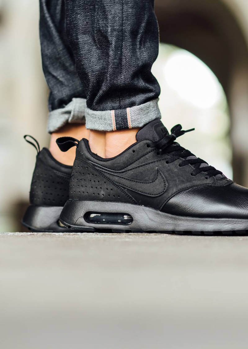 nike men's air max tavas leather