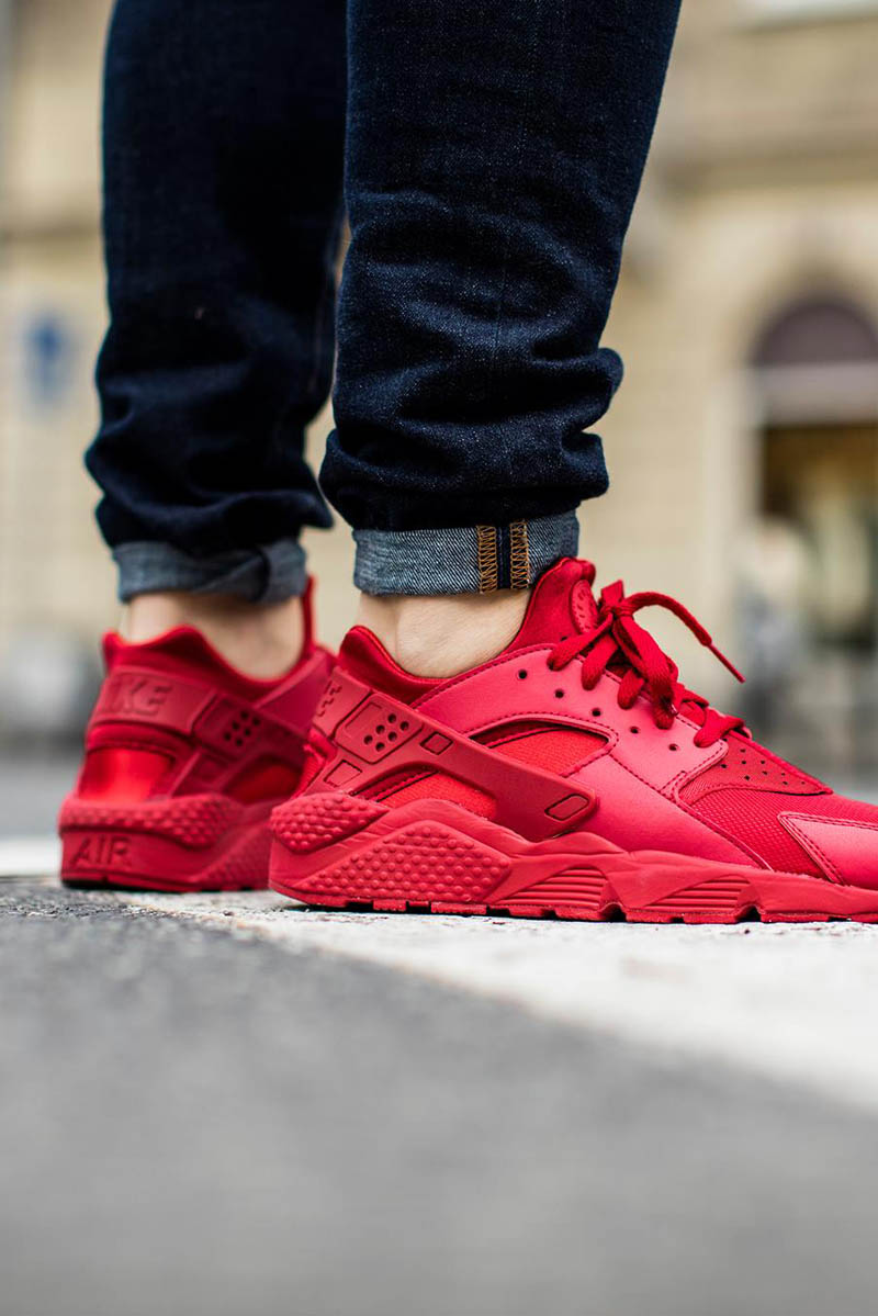 nike air huarache varsity red soletopia. Black Bedroom Furniture Sets. Home Design Ideas