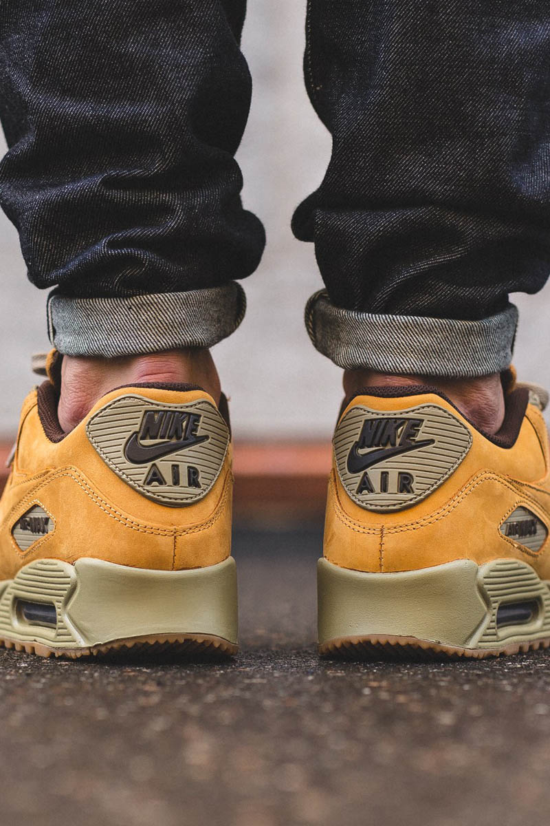 best service e6b93 c92a6 NIKE Air Max 90 Winter Premium Brown   Bronze