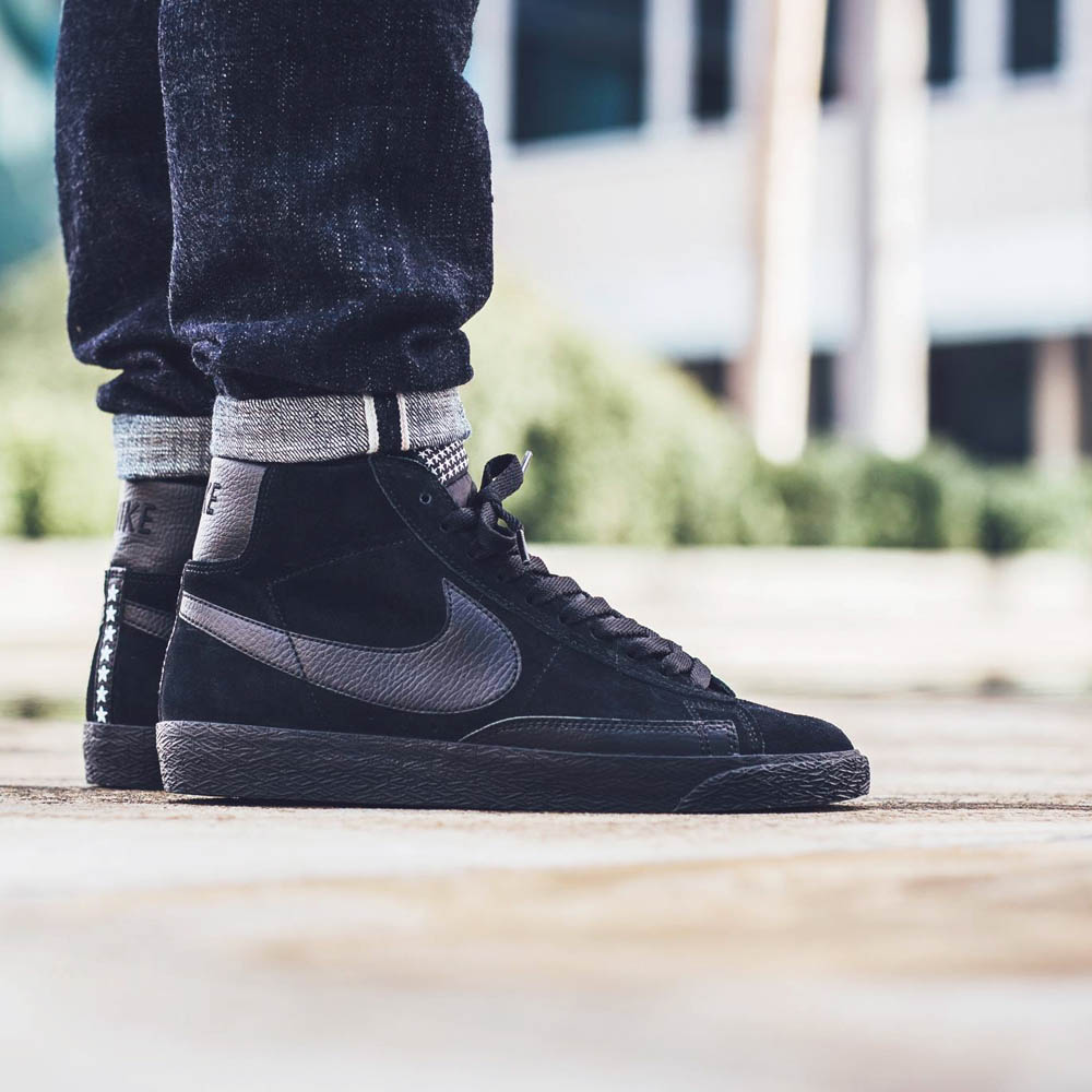 hot sale online 0b46d e34e8 ... nike blazer all black