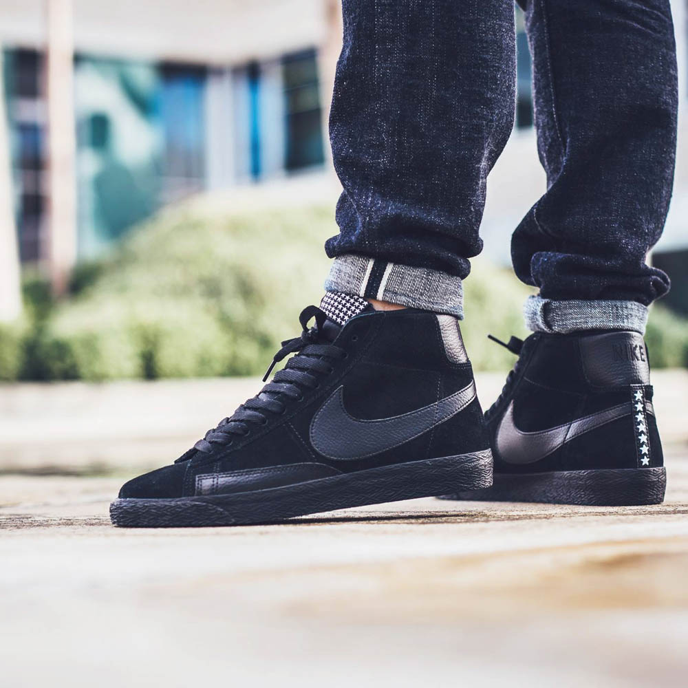 """The Off-White x Nike collection just keeps growing. The ten-part collaboration from has carried its momentum into the new year with several new colorways, like the new """"Black"""" Off-White x Nike Blazer Studio Mid coming this fall."""