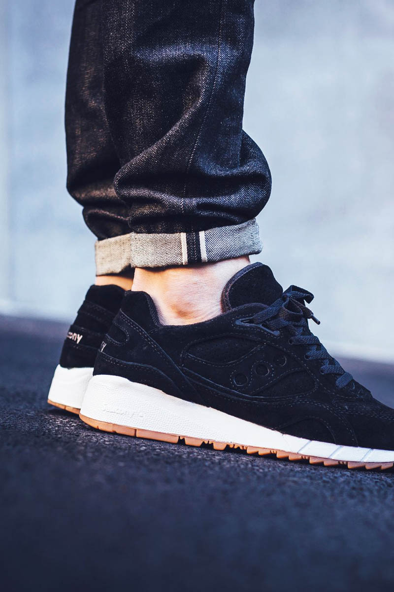 SAUCONY Shadow 6000 in Black Coffee