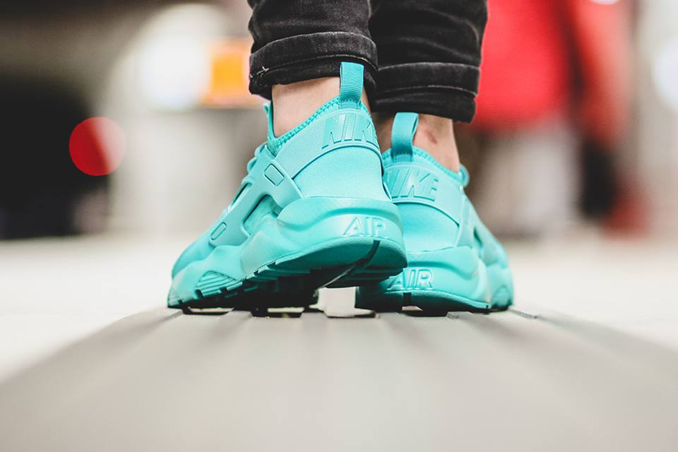 aeddde999a2be 0345d 48308  where to buy air huarache run ultra db8d1 a1d2a