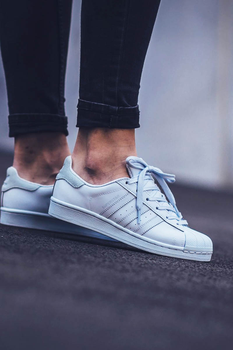 ADIDAS Shell Toe Adicolor #halo #blue