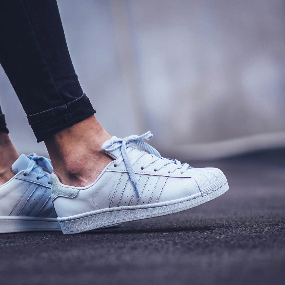 adidas adicolor superstar halo blue