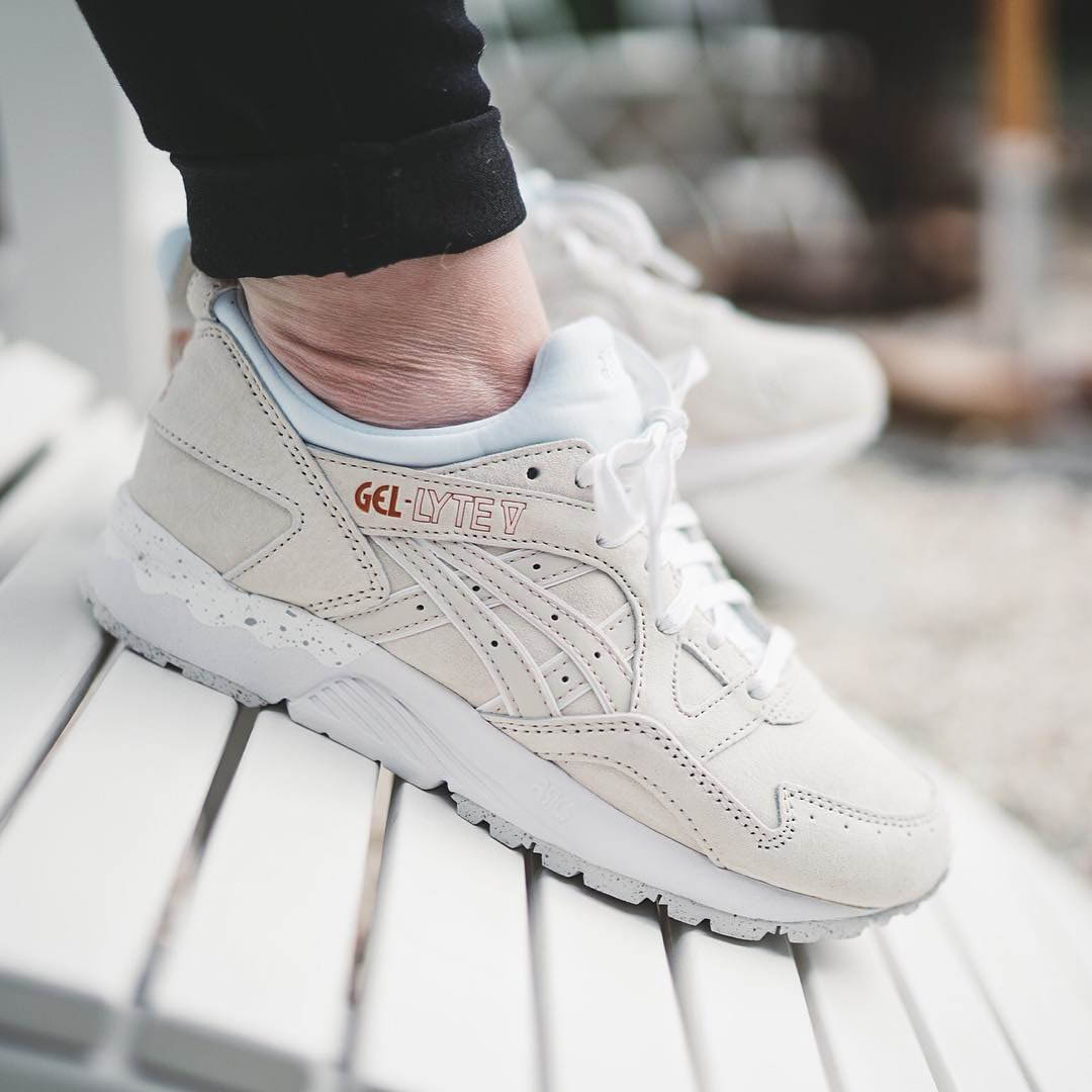 newest a027e cff33 ASICS Gel Lyte V Off White × Rose Gold | SOLETOPIA