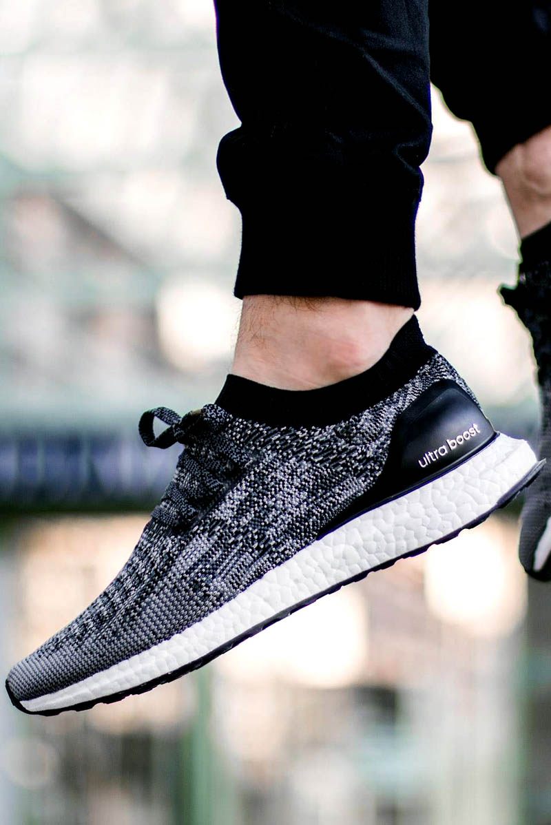 ADIDAS UltraBOOST Uncaged Core Black & Grey