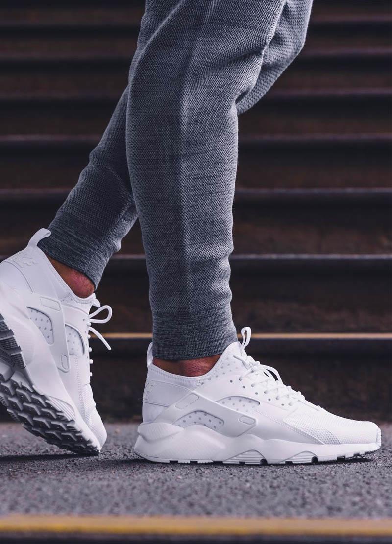 nike huarache ultra white on feet