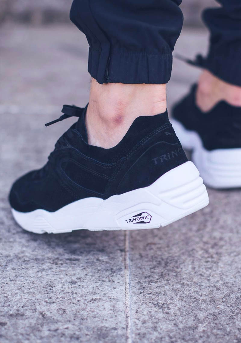 Feast your eyes on the all black Puma r698 Soft