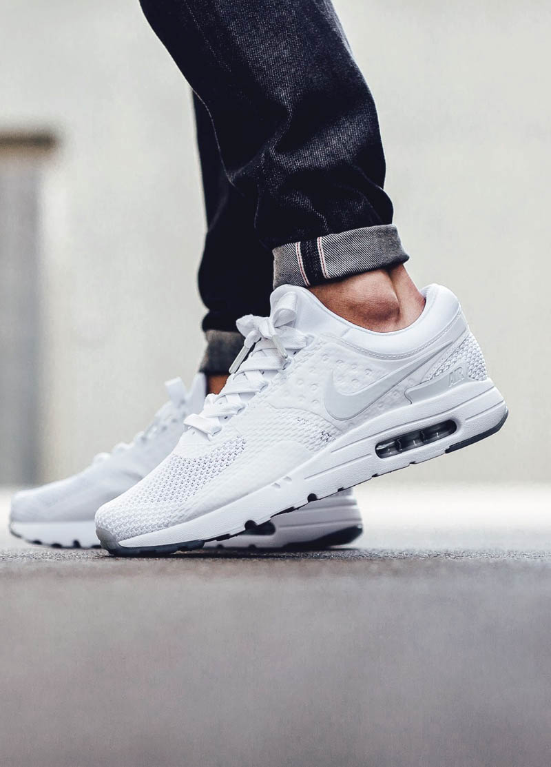 4566403ac80 Nike Air Max Zero QS simple