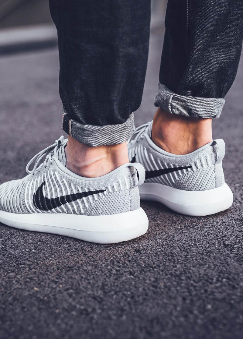 best cheap fbd03 8c15a Nike Roshe One Triple White
