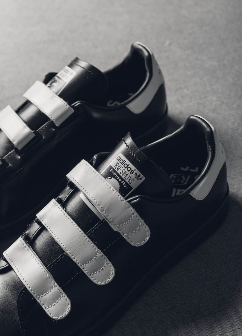 Black Leather White Velcro Sneakers