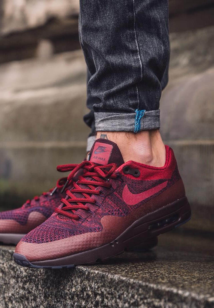 NIKE Air Max Ultra Flyknit 'Night Marroon'