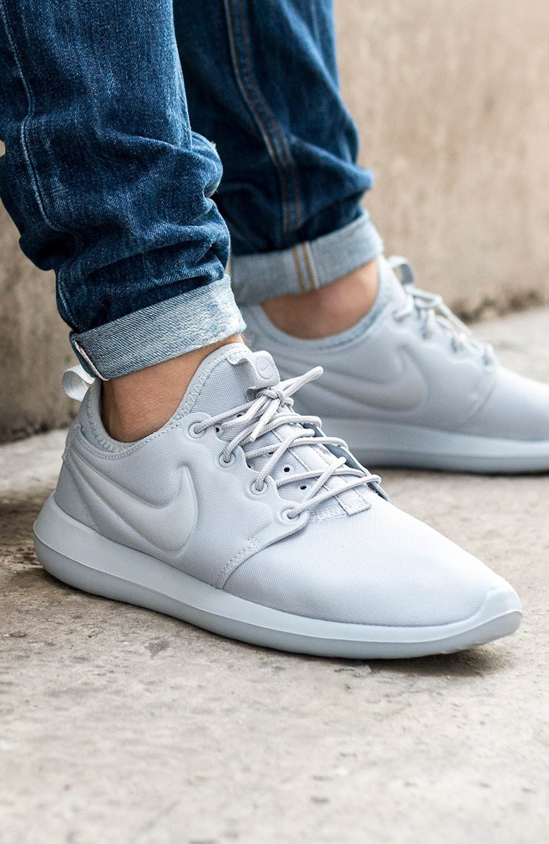 Roshe Two 'Wolf Grey'