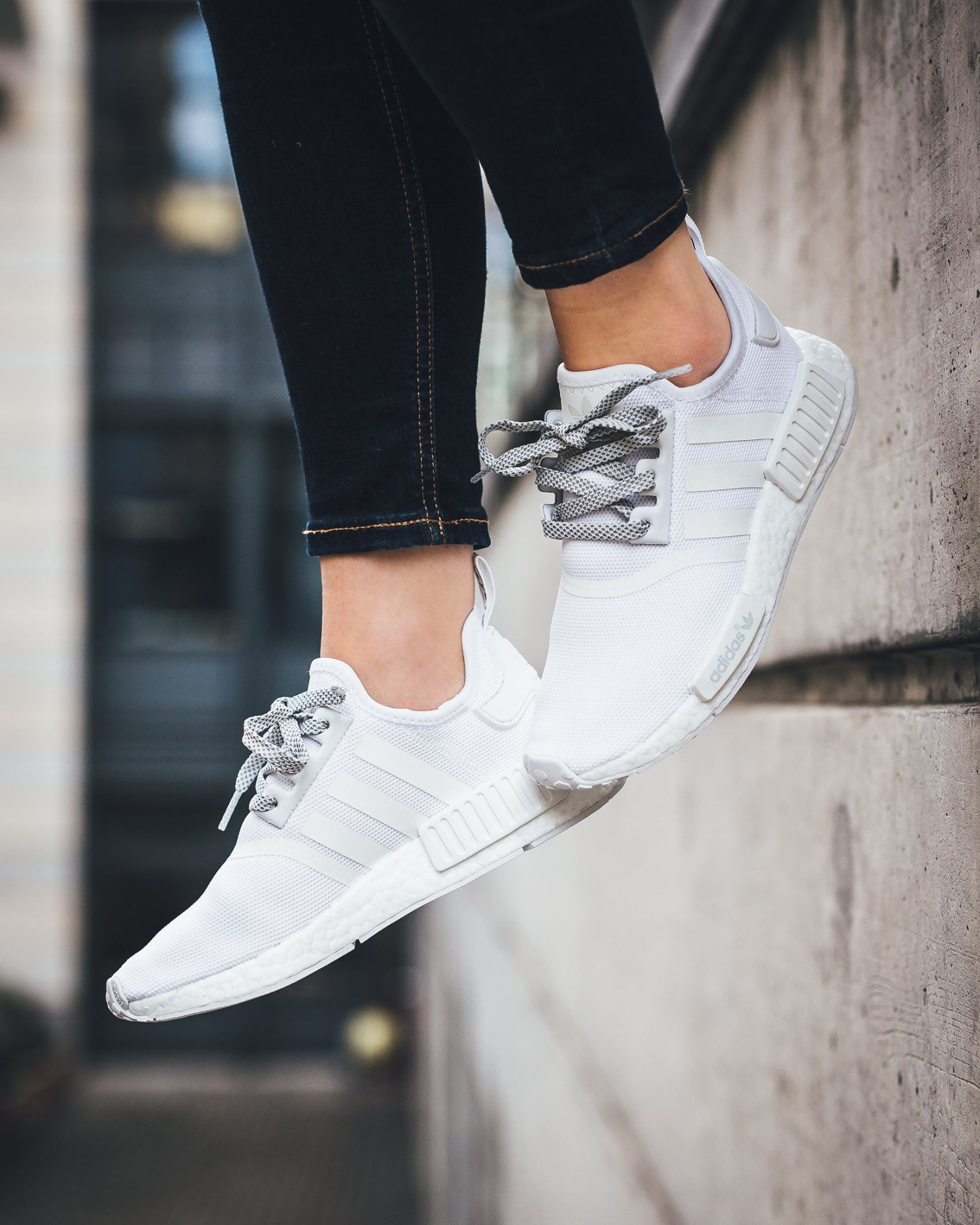sports shoes 1ce98 4fec8 Ultra Clean NMD R1, ADIDAS