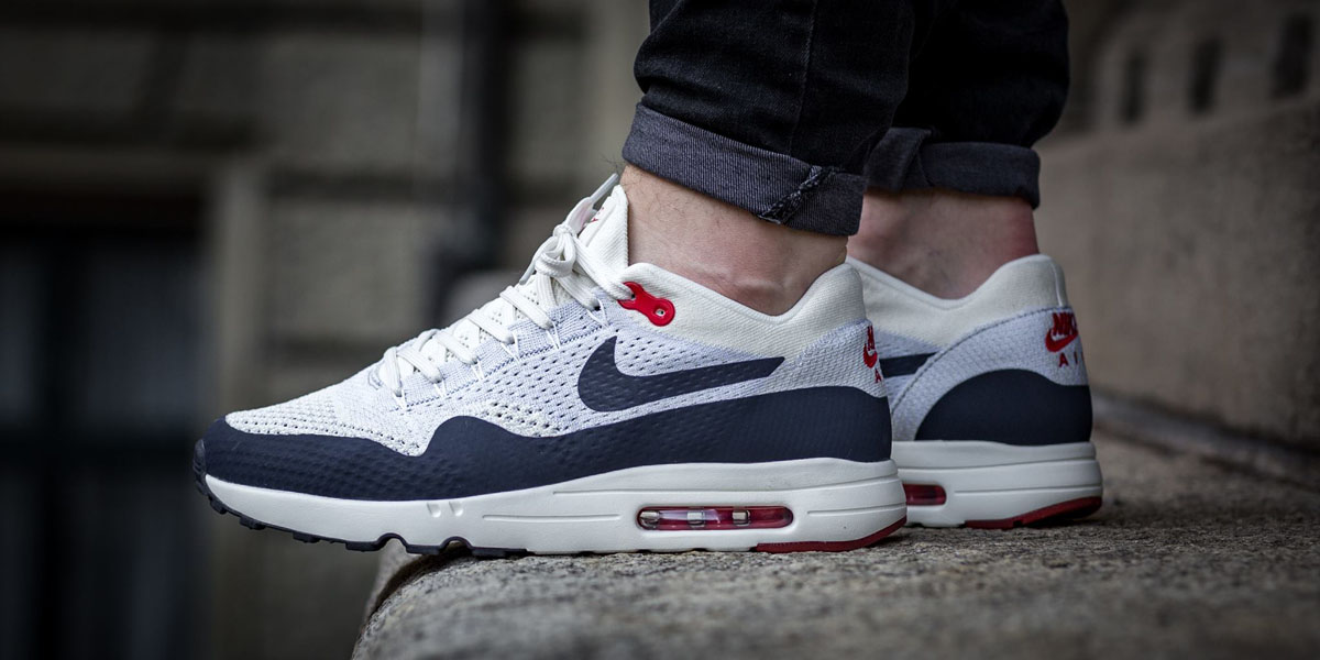 separation shoes 82e13 f47de NIKE Air Max Flyknit 2.0 in eye-catching 'Obsidian × Wolf ...
