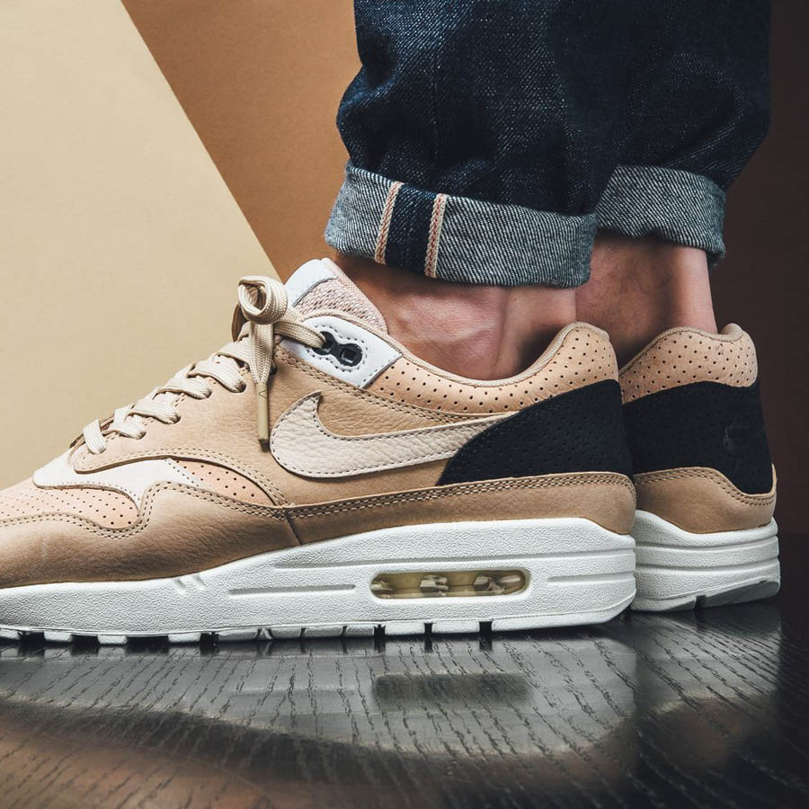 729f1676 nikelab-air-max-1-pinnacle-mushroom-oatmeal-beige-light-bone-1.jpg ...